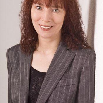 Professor Marie-Luise Dierks, Dipl.-Paed.